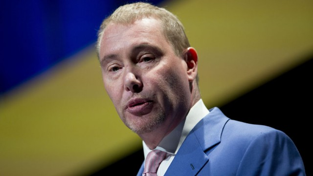 Jeff Gundlach: «I am surprised that people have lost their focus on the enormity of the debt problem.»