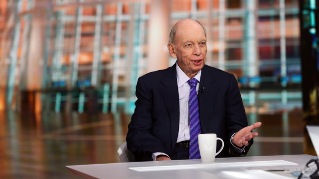 Byron Wien: «We may experience a summer correction but I'm encouraging investors to be patient.»