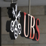 Moody's hebt UBS-Langfristratings an